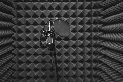 Akustická pěna do hudebního studia