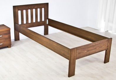 Dřevěná postel Vario