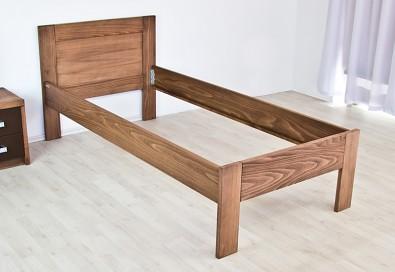 Dřevěná postel Trio